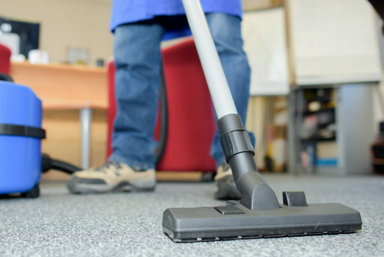 Choosing a Commercial Cleaning Company 1